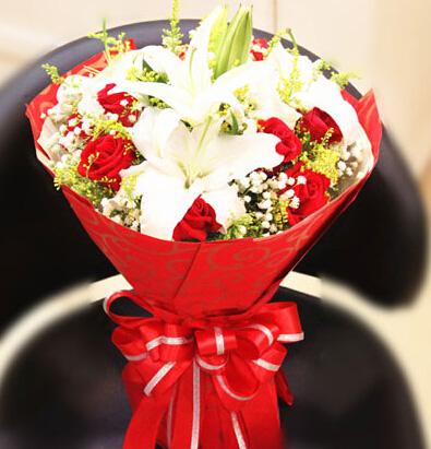 真正的爱情/9支红玫瑰百合