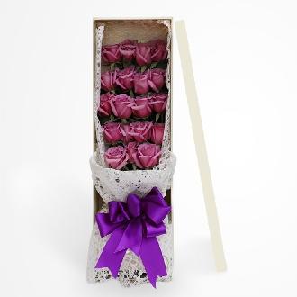 紫色情缘/19枝盒装玫瑰