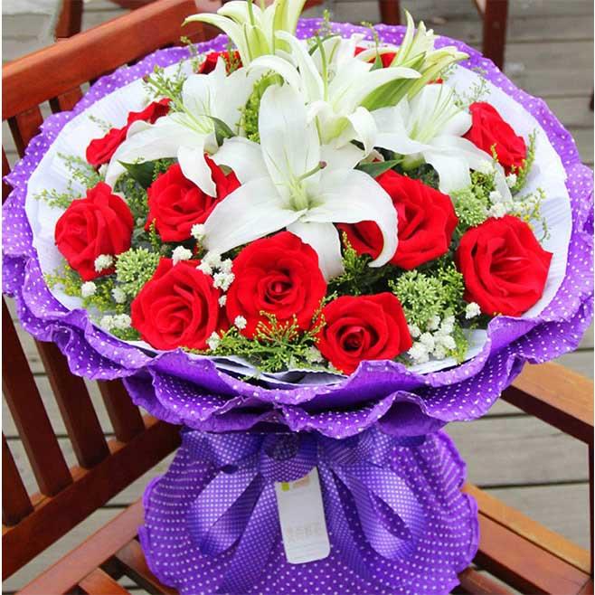 永远的爱/11枝红玫瑰+百合