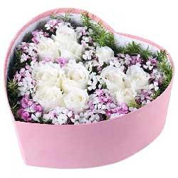 我想牵着你的手/11枝白色玫瑰礼盒