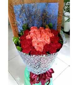 32枝玫瑰康乃馨/温暖如风