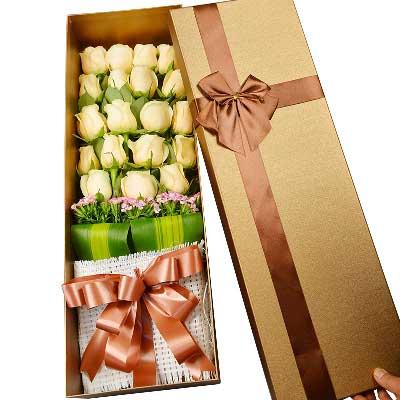 精选19朵香槟玫瑰/思念的气息