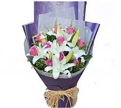甜蜜笑容/11支紫玫瑰百合