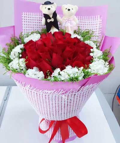 22支红色玫瑰/焕发生活的热情