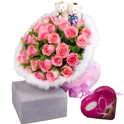 玫瑰33支+巧克力/我想你!祝你越来越漂亮!