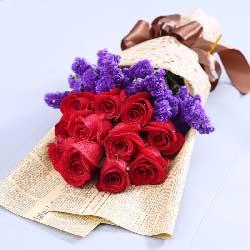红玫瑰11支/伴你笑对每一天的日出与日落