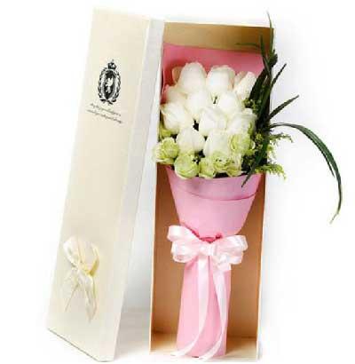 你是我最大的幸福/11支白玫瑰礼盒