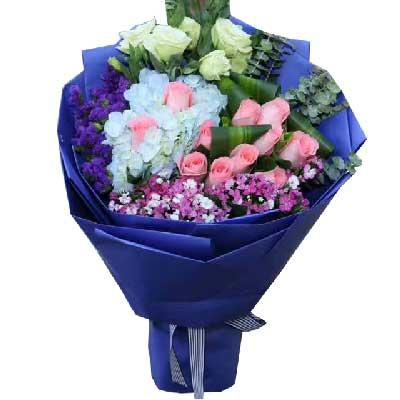 一别经年,愿你幸福依旧/11枝粉色玫瑰,1枝蓝色绣球