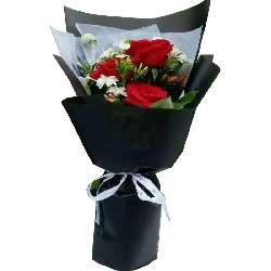 真心感激你/3支红色玫瑰,白色多头康乃馨