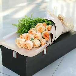 决不轻言放弃/15支香槟玫瑰礼盒