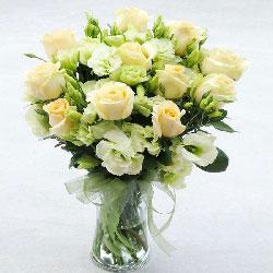 玫瑰代表我的心/11枝玫瑰瓶插花