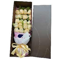 你在我心中/18支香槟玫瑰礼盒