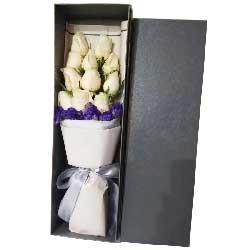 我的爱随你365天/11支白色玫瑰礼盒