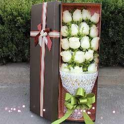 爱甜蜜幸福/19枝白玫瑰礼盒