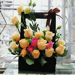 为爱奋斗/19支玫瑰礼盒