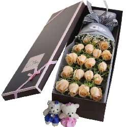 真爱的人/19支香槟玫瑰礼盒
