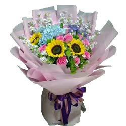 惦念/3支向日葵,9支戴安娜玫瑰,1只蓝色绣球花