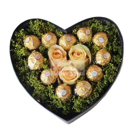 11颗巧克力,3朵香槟玫瑰,真情的温暖