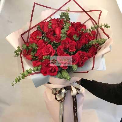 33朵红色玫瑰花,有梦就有你