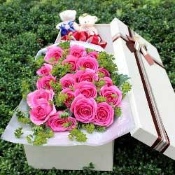 18朵苏醒玫瑰,礼盒装,有你就有快乐