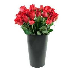 19朵红玫瑰,圆形花桶装,与你相守就是幸福