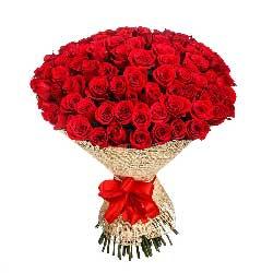 99朵红玫瑰,爱你在心中