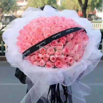 99朵戴安娜粉玫瑰,无限的爱恋