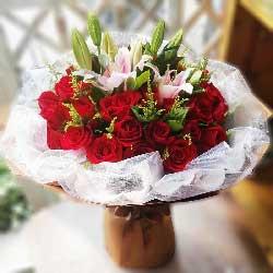 心里都是你/33枝红色玫瑰