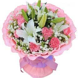 12朵粉色康乃馨,3支多头白色百合,幸福永远