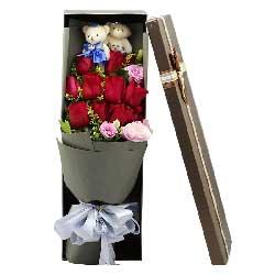 11朵红玫瑰,4朵粉色桔梗,每天都想你