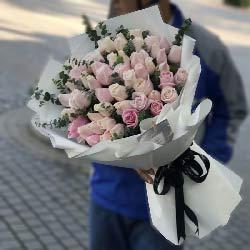 48朵玫瑰,你我的瞬间