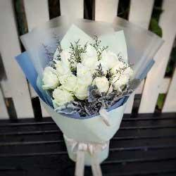 谢谢你的爱/16枝白色玫瑰