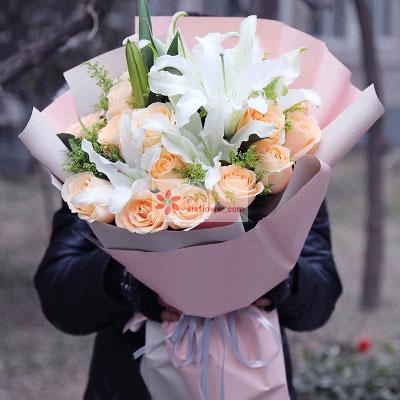 甜蜜温暖/19枝香槟玫瑰
