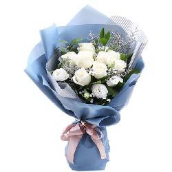 每天都有好梦/9支白玫瑰,6支桔梗