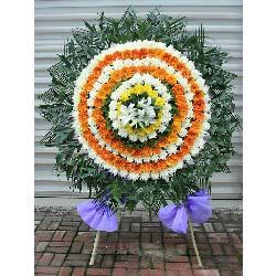 丧葬鲜花,橙色扶朗70朵,白色菊花119朵,黄色菊花17朵