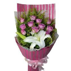 11朵紫玫瑰,1支多头香水白百合,我爱你到永远