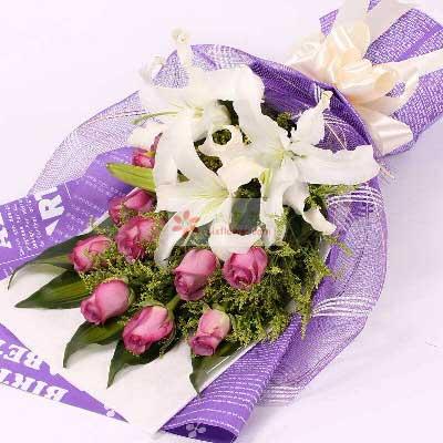 9朵紫玫瑰,2支多头白色百合/快乐更美丽
