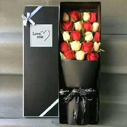 19朵玫瑰礼盒,彼此幸福灿烂