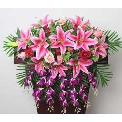 玫瑰百合组合,讲台花,会议花,主席台花