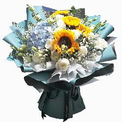 4朵向日葵,11朵白玫瑰,美好祝福送给你