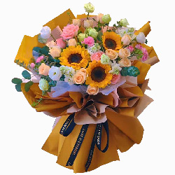 3朵向日葵,12朵香槟玫瑰,愿你开心每刻