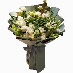 11朵白玫瑰,20朵桔梗,美丽的花朵