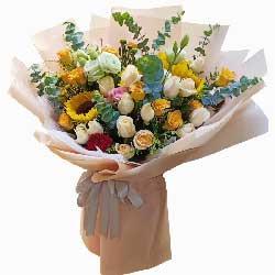 4朵向日葵,27朵玫瑰花,你占据了我的心