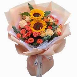 9朵香槟玫瑰,2朵向日葵,好友祝福