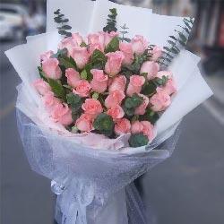 33朵戴安娜粉玫瑰,一辈子相互依偎