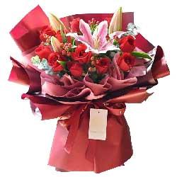 11朵红玫瑰,2支粉色多头百合,喜欢每天和你在一起