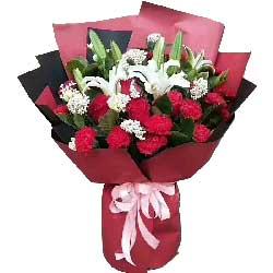 9朵红玫瑰,11朵红色康乃馨,健康平安
