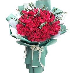99朵红玫瑰加长花束,让你一辈子不担惊受怕