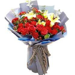 11朵红色康乃馨,11朵红玫瑰,祝你幸福绵长