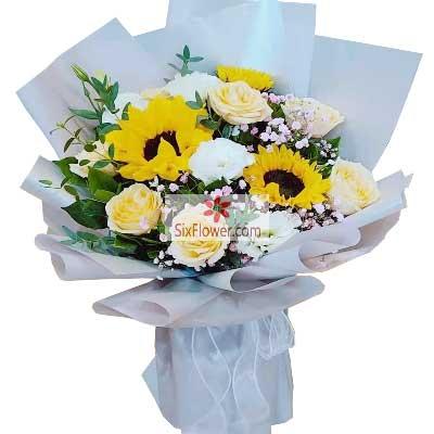 9朵香槟玫瑰,3朵向日葵,祝好运…